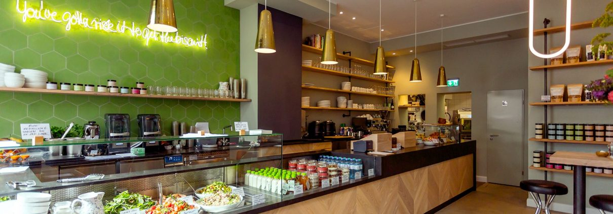 laura 39 s deli health food auf dem carlsplatz in d sseldorf. Black Bedroom Furniture Sets. Home Design Ideas