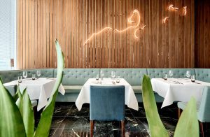 PHOENIX Restaurant & Bar