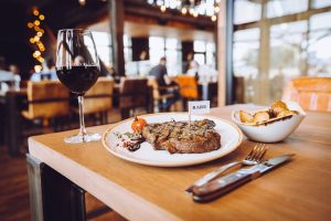 10 Tipps zum Steak essen in Düsseldorf | Steakhouse: The Ash | Topliste | Mr. Düsseldorf