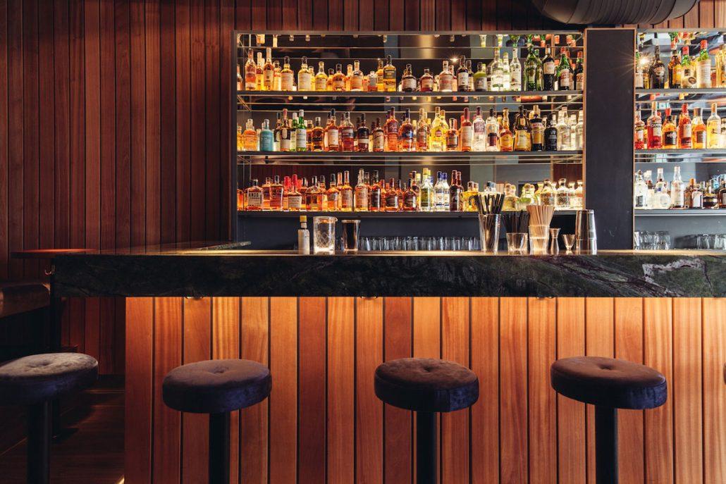 Die 16 besten Bars in Düsseldorf   Magazin - Mr. Düsseldorf