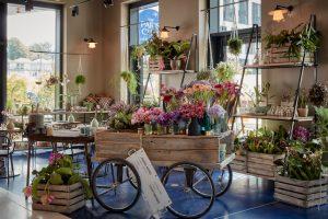 Blumengeschäft in der Lobby 25hours das Tour