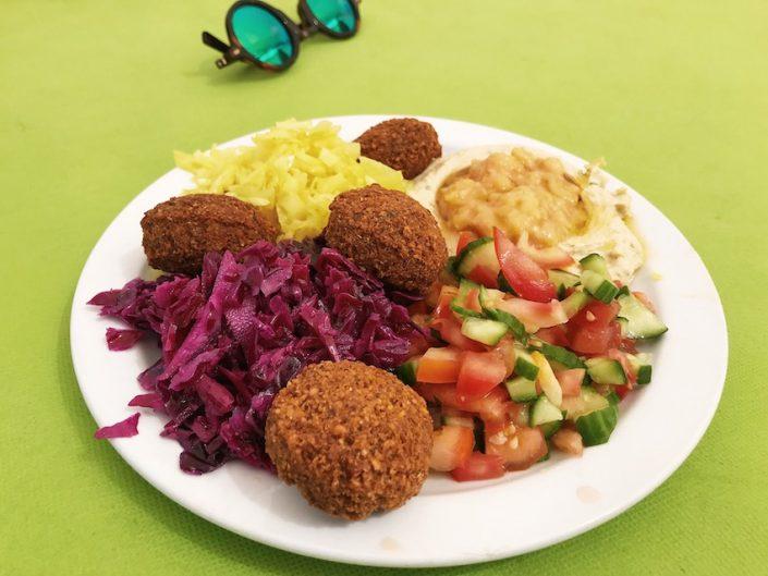 Falafel im Streetfood-Imbiss im Jerusalem