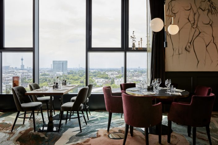 The Paris Club Restaurant Ausblick