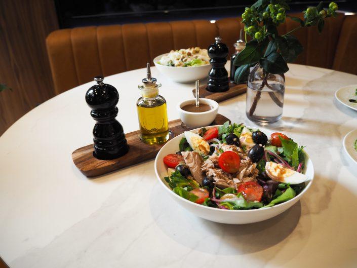 Tommy Hilfiger People´s Place Düsseldorf Griechischer Salat