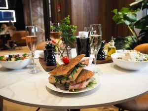Tommy Hilfiger People´s Place Düsseldorf Lunch Sandwich