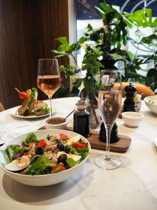 Tommy Hilfiger People´s Place Düsseldorf Lunch Salat
