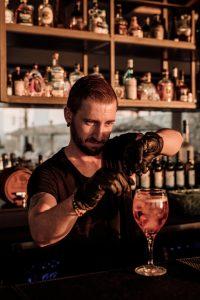 Barkeeper Casa Cook Kos