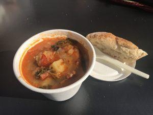 Top 10 Suppen in Düsseldorf | Mr.Düsseldorf | Staude Gemüsesuppe mit Chorizo