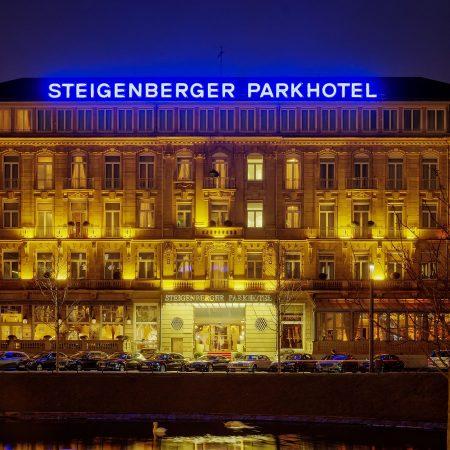 Nachtansicht Steigenberger Düsseldorf
