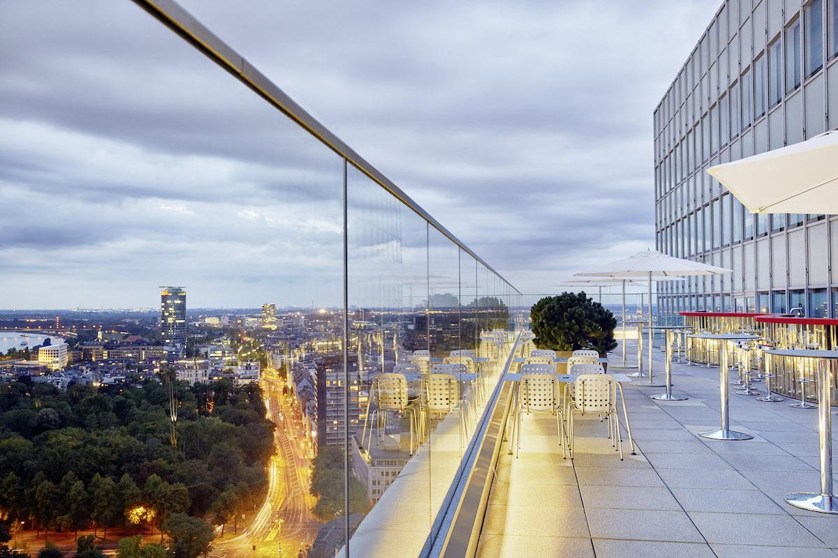Die 5 Beeindruckendsten Rooftop Bars In Dusseldorf Topliste Mr
