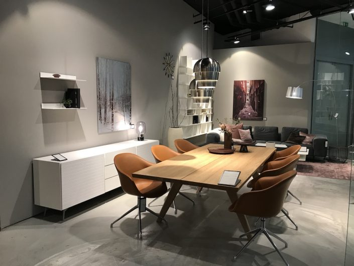 BoConcept Düsseldorf | Showroom im Stilwerk: Esszimmer | Lieblingsladen | Mr. Düsseldorf