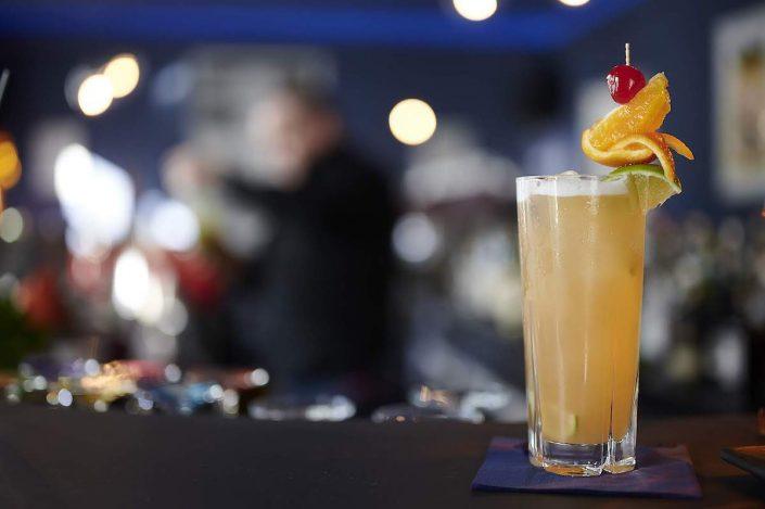 Lido Malkasten | Cocktail mit Unschärfe| Mr. Düsseldorf