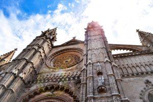 Kathedrale in Palma de Mallorca | Fotograf: Marco Verch (https://foto.wuestenigel.com/kathedrale-la-seu-in-palma-de-mallorca / https://creativecommons.org/licenses/by/2.0/) | Reisebericht aus Palma |Mr. Düsseldorf