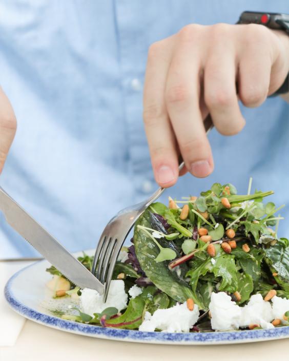 20° Restobar | Lunch Salat mit Ziegenkäse | Lieblingsladen | Mr. Düsseldorf