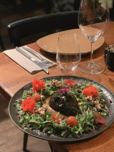 Gegrillter Avocado Salat im Koa   Reisebericht aus Palma   Mr. Düsseldorf