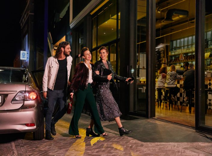 Uber | Ankunft | Magazin | Mr. Düsseldorf