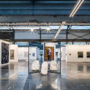 Art Düsseldorf 2019 geht zu Ende| Magazin | Mr. Düsseldorf | Skulpturenplatz, König Galerie Alicja Kwade, Absorption (Dolomit), Copyright Sebastian Drüen