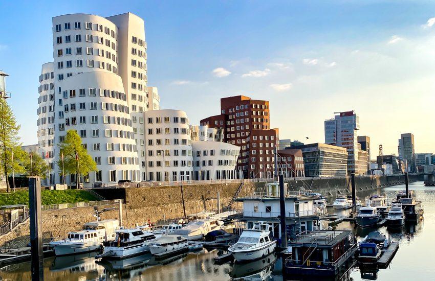 Gehry Bauten | Mr. Düsseldorf & Foto Koch starten die Düsseldorfer Foto-Challenge | Foto: Timo Beck