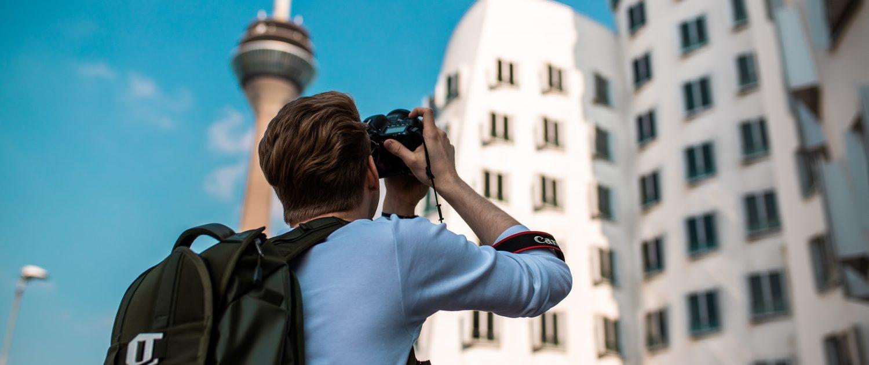 Mr. Düsseldorf & Foto Koch starten die Düsseldorfer Foto-Challenge | Foto: Jonas Junk
