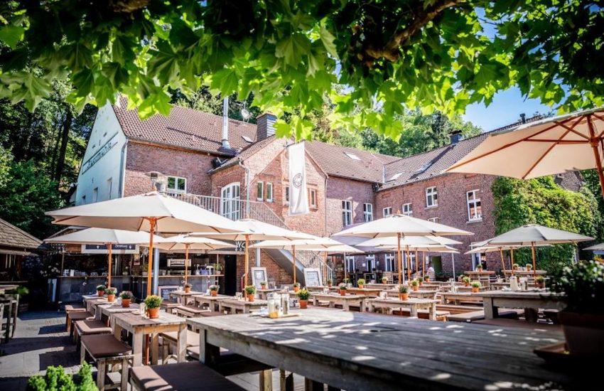 liebevoll! in der Auermühle  Die Top 15 Dinner Terrassen in Düsseldorf   Mr. Düsseldorf  Topliste  Foto: liebevoll! in der Auermühle