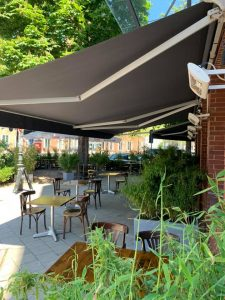 Hafenmeisterei |Die Top 15 Dinner Terrassen in Düsseldorf | Mr. Düsseldorf |Topliste |Foto: Hafenmeisterei