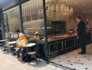 Aux Merveilleux de Fred   Top 10 Terrassen in der Altstadt   Magazin   Mr. Düsseldorf   Foto: Aux Merveilleux de Fred