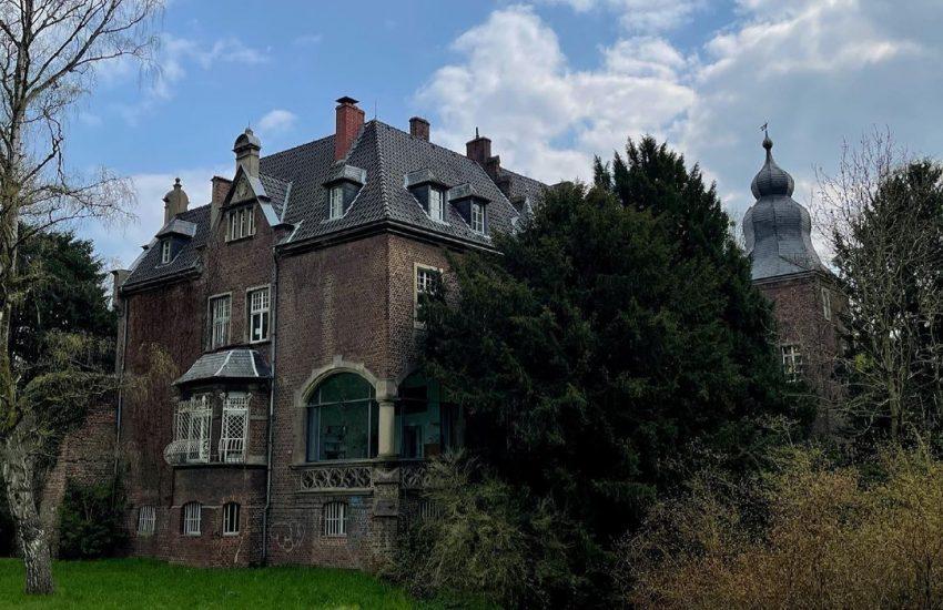 Schloss Elbroich | Top 10 Schlösser in Düsseldorf und Umgebung | Magazin | Mr. Düsseldorf |Foto: @duesseldorf_fotografie