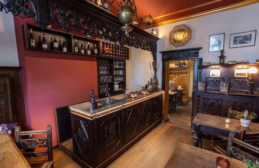 Weinbar Alte Zeit |Mr. Düsseldorf Kartenvorteil